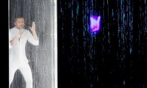 Sergey Lazarev's shower moment.