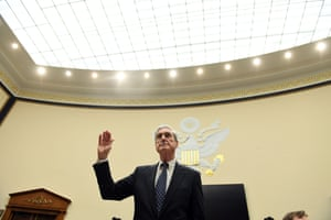Robert Mueller is sworn in for his testimony before Congress.