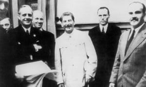 Joachim von Ribbentrop (second left), with Joseph Stalin and Vyacheslav Molotov (far right).