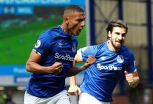 Everton's Richarlison celebrates.